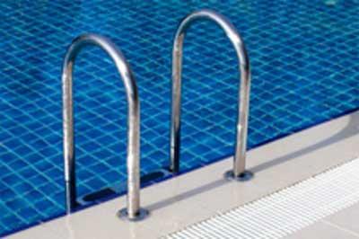Schwimmbad-2